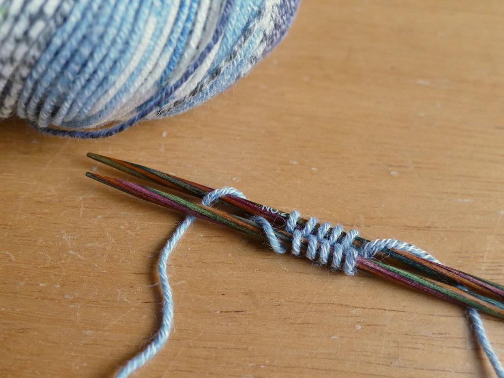手編みの夏色くつした3