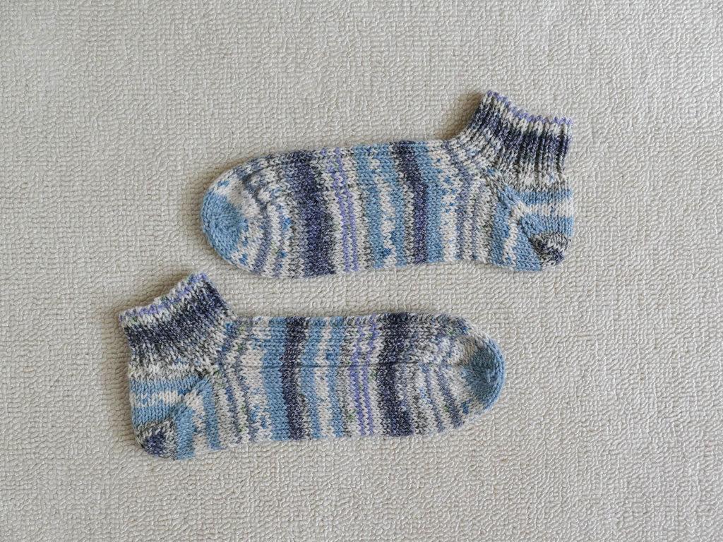 手編みの夏色くつした1