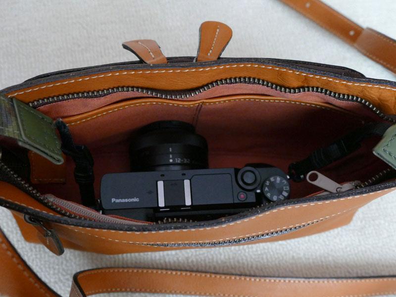 カメラが入るお財布ポシェット8