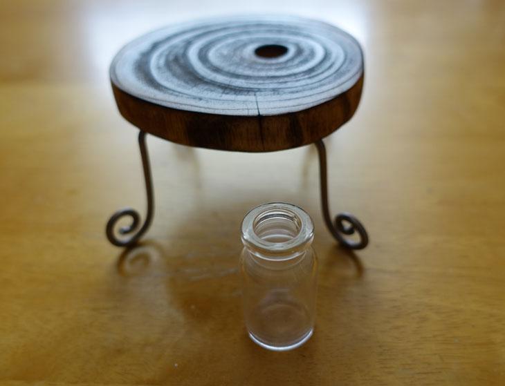 穴あき丸太の輪切りコースターで作るミニチュアテーブル9