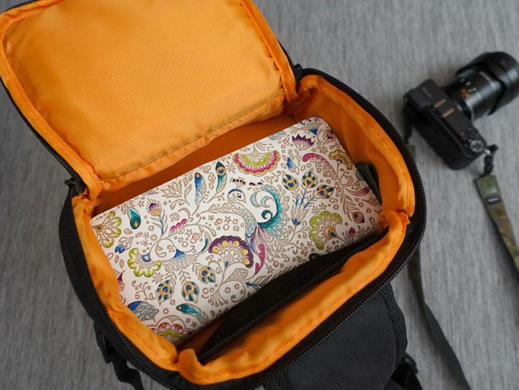 amazonベーシック スリングカメラバッグ5