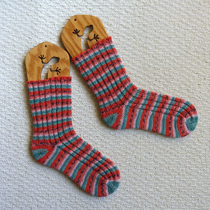 スイカ柄靴下2