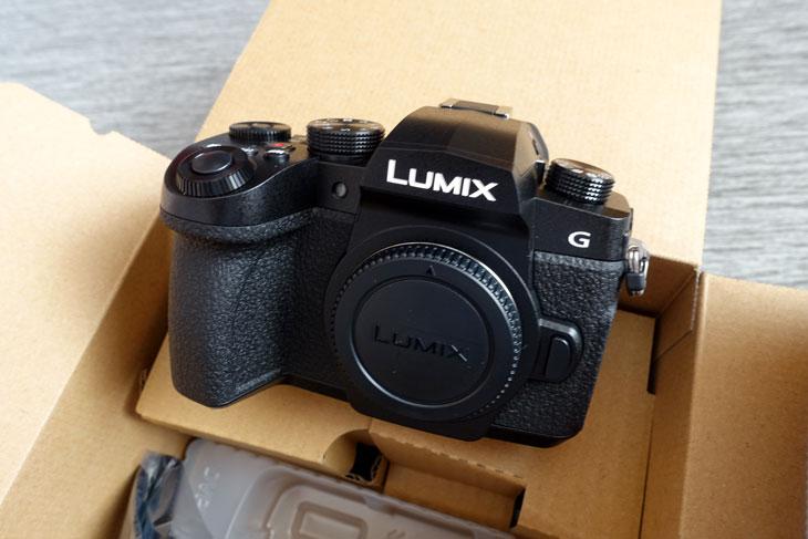 LUMIX DC-G99 2