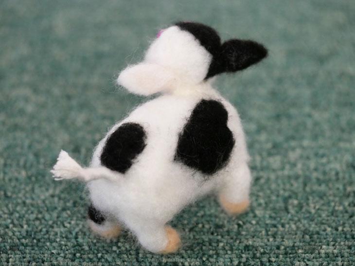 羊毛フェルトの牛9