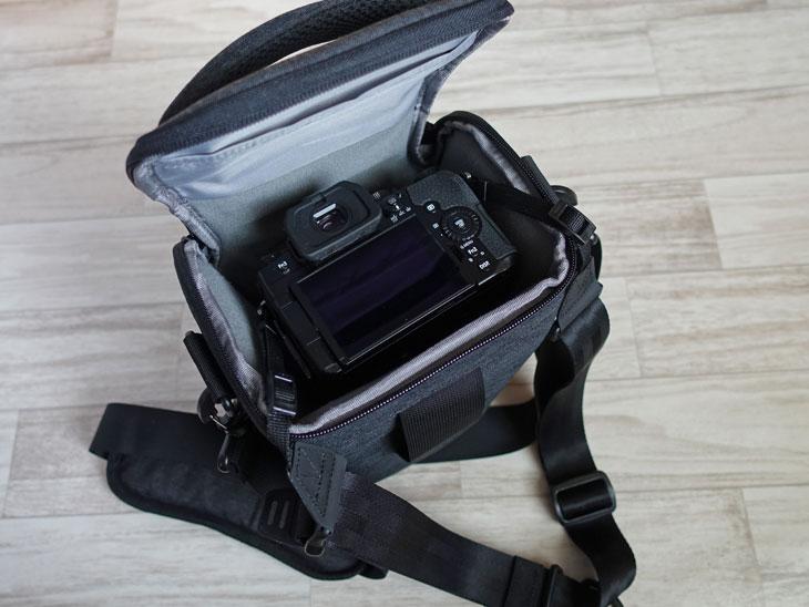望遠レンズ用カメラバッグ1